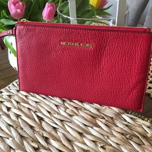 Michael Kors Bedford Clutch Red